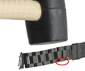 Как снять звено с керамического браслета часов