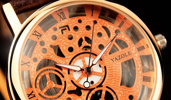Почему наручные часы сбиваются купить оригинальные часы майкл корс москва